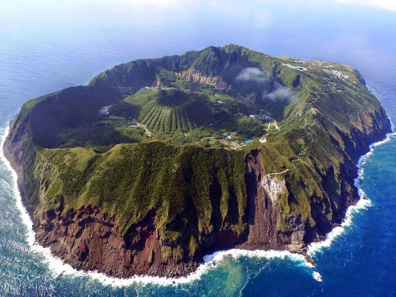 05-isla-volcan-aogashima-japon-viajes-lugares-cuento-sleepydays