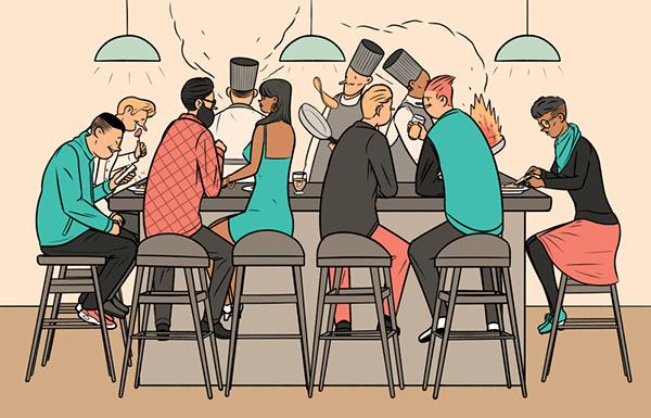 Gente comiendo en un restaurante japonés