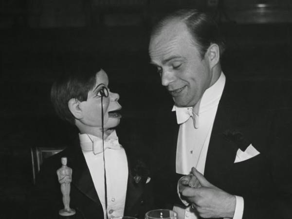 oscar-diferente-historia-ventrilocuo