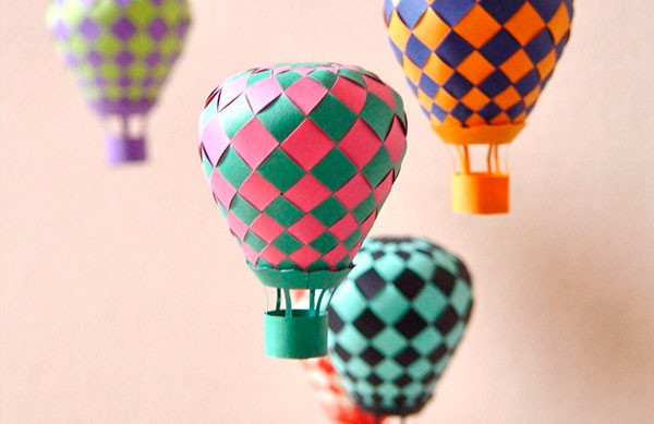 2-paper-craft-woven-balloon-tutorial
