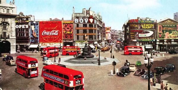 evolucion-publicidad-edificios-london-piccadilly-1955