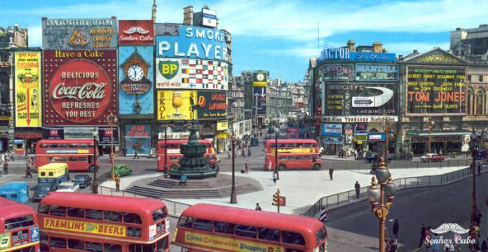 evolucion-publicidad-edificios-london-piccadilly-circus-1970