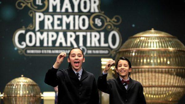 san-ildefonso-preparan-loteria-navidad_tinima20151110_0393_5