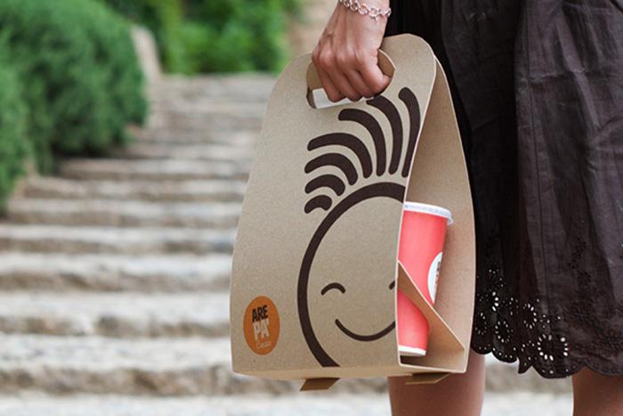 Diseño de packaging para Take Away de Arepas